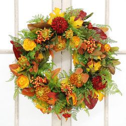 Jane Seymour Botanicals - Jane Seymour Botanicals Ranunculus Dahlia Wreath - Lovely ranunculus and stunning dahlia blossoms take center stage in this wreath's elegant presentation. Create a more natural atmosphere in your home with the help of this striking and elegant wreath.