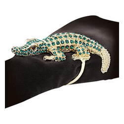 L'Objet - L'Objet Gold Plated Crocodile Napkin Rings, Emerald Swarovski Crystal Set/4 - L'Objet is best known for using ancient design techniques to createtimeless, yet decidedly modern serveware, dishes, home decor and gifts. 14k Gold Plated Napkin Rings Swarovski Crystals in Red And Green. All ring sets are presented in a luxury gift box. Set of Four. Attention to detail is often what distinguishesany presentation from beautiful to memorable. These napkin jewels will enrichany decor with their distinguishable handcrafted details.