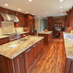 eclectic  by Classic Kitchens of Virginia