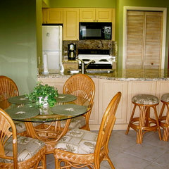 tropical kitchen by Jewels Interiors