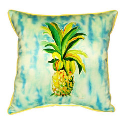 Betsy Drake - Betsy Drake Pineapple Pillow- Indoor/Outdoor - Pineapple Pillow- Large indoor/outdoor pillow. These versatile pillows are equal at enhancing your homes seaside decor and adding coastal charm to an outdoor setting arrangment. They feature printed outdoor, fade resistant fabric for years of wear and enjoyment. Solid back, polyfill. Proudly made in the USA.