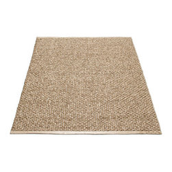 Pappelina - Pappelina SVEA Area Rug Metallic Shine, Nougat/Light Nougat - This  rug from Pappelina, Sweden, uses PVC-plastic and polyester-warp to give it ultimate durability and clean-ability. Great for decks, bathrooms, kitchens and kid's rooms.