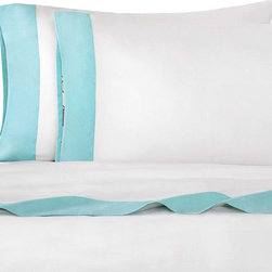 Echo - Echo Status Aqua Blue Deep Pocket Sheet Set - Dress your bed in elegance with the Echo Status sheet set in a white finish with an aqua blue border. Made of T230 100-percent cotton sateen fabric, this sheet set is machine washable for easy care and repeated use.