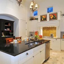 Traditional Kitchen by Romanza Interior Design