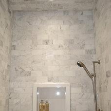 Traditional Bathroom by KL INTERIOR DESIGN