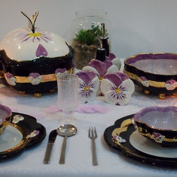 Designing a  Pansy Flower dinnerware set. - Self