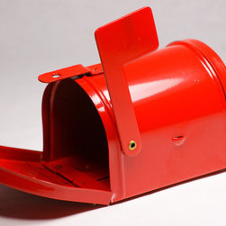 Red Miniature Metal Mailbox - Let each guest personalize their own mini mailbox. Order these online or hit up the dollar spot at Target before they're all snapped up.