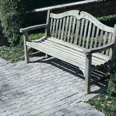 Traditional Outdoor Products by Pavestone