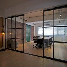 Modern  by Urban Design & Build Limited
