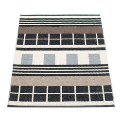 Pappelina - Pappelina James Plastic Runner, Black & White - This  rug from Pappelina, Sweden, uses PVC-plastic and polyester-warp to give it ultimate durability and clean-ability. Great for decks, bathrooms, kitchens and kid's rooms.
