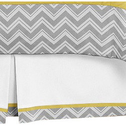 Sweet Jojo Designs - Zig Zag Yellow and Gray Queen Bed Skirt by Sweet Jojo Designs - The Zig Zag Yellow and Gray Queen Bed Skirt by Sweet Jojo Designs, along with the  bedding accessories.