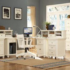 Traditional Desks by clubfurniture