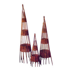 """Master Garden Products - Willow Round Obelisk, 12l"""" - Bentwood willow wigwam obelisks are a classic choice for an English-type garden. Not only do they add height to your garden, but they can be used as a smart way to climb sweet peas or French beans. Alternatively, they can be planted with scented climbers and used indoors. Different heights and styles are available."""