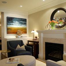Transitional Living Room by Gillian Gillies Interiors (GGI)