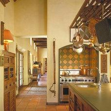 Mediterranean Kitchen by Archaeo Architects