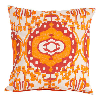 """Jaipur Rugs - Orange/Red color cotton encasa02 poly fill pillow 18""""X18"""" - En Casa is the design collection of Cuban born, Queens, NY raised painter and surface designer, Luli Sanchez. This collection is based off of her painterly works of art that capture an organic and moody yet optimistic spirit. Her geometric paintings were truly inspiring for this pillow collection."""