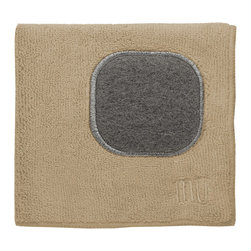 MU Cloth Flax - This beautiful dishcloth is made from a revolutionary microfiber  a specially designed cloth that is woven in a unique pattern from polyester fibers that create tiny scoops that suck up dirt and attract micro-particles. Microfiber is softer than silk and stronger than cotton. Features a patent pending built in scouring scrubber.Product Features                      Microfiber cloth with built-in scrubber          Lint and streak free cleans and polishes like no other wet or dry          Nonabrasive and safe on virtually any surface          Super absorbent - holds 7 times its weight in liquid          Quick drying - 10 times faster drying time          Reduces bacteria growth with quick drying time          Finished with a hanging loop for convenience