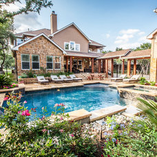 Traditional Pool by John Pack Custom Pools