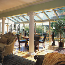 Straight glass roof sunroom, or patio room with aluminum frame
