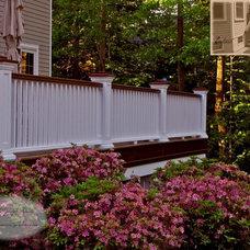 Traditional Deck by Summerset Gardens/Joe Weuste