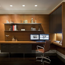 Modern Home Office by Ian Engberg
