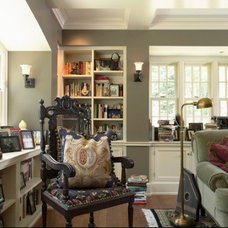 texas leather AC-3 living space. Image found on houzz - benjamin moore's color c