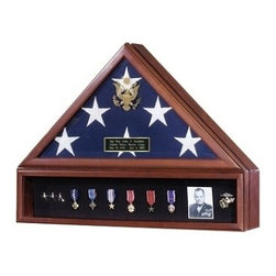 American Flag Case and Medal Display Case - The ultimate tribute to commemorate your Veterans service to our country. Perfect to honor our distinguished military service members, veteran heros and other uniformed heros as police officers and firefighters. This flag case has the Great Seal of the United States embossed on elegant beveled glass.