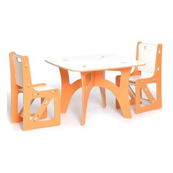 Kids Table and Chairs - I love this table and chair set from Sprout Kids. The furniture comes in pieces and the kids can assemble it themselves, no tools needed.