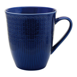 iittala Swedish Grace Mug 17oz Sea - A design classic in six colours. This tableware still evokes the same emotions as when it was unveiled at the Stockholm Exhibition in 1930. Louise Adelborg succeeded in conveying the sensation of ears of wheat swaying in the summer breeze.