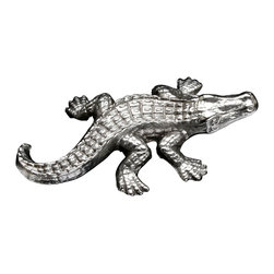 Arthur Court - Alligator Napkin Weight - Bring a bit of reptile style to your table. This beautifully detailed metal napkin weight is the perfect conversation starter for your next dinner party.