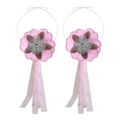 "Bugs-n-Blooms - Flower Tie Backs Pink Brown White Triple Layered Flowers Tieback Pair Set Decor - Window Curtains Holder Holders Tie Backs to Decorate for a Baby Nursery Bedroom, Girls Room Wall Decor - 6"" Diameter Dark Pink White Triple Layered Curtain Tieback Set Daisy Flower 2pc Pair - Beautiful window curtains tie backs for kids room decor, baby decoration, childrens decorations. Ideal for Baby Nursery Kids Bedroom Girls Room.  This gorgeous daisy flower tieback set is embellished with triple layered petals.  This pretty daisy flower decoration is made with a soft bendable wire frame & have color match trails of organza ribbons.  Has 2 adjustable wires to wrap around the curtains; or simply remove & add your own ribbon for a personal & custom look.  Visit our store for more great items. Additional styles are available in various colors, please see store for details. Please visit our store on 'How To Hang' for tips and suggestions. Please note: Sizes are approximate and are handmade and variances may occur. Price is for one pair (2 piece)"