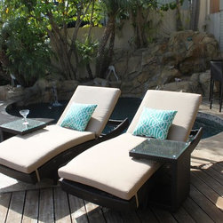 Outdoor Chaise Lounges - Wicker Lounge Chairs - Premium quality Resin Wicker
