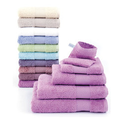 Anne De Solene Bath Towels - With 30 trendy colors, Anne de Solène offers you a large range of terry towels made of 100% long-staple combed cotton. A promise of utmost comfort ensured by an exquisite softness and an excellent absorption.