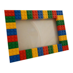 MR Brick Designer - LEGO Picture Frame, 4x6 - This LEGO® picture frame is perfect to show of the personality of anyone who loves Lego and having fun! Alternatively, the frame could be used for as a small dry erase board.