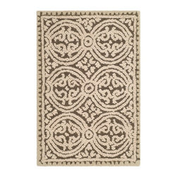 Safavieh - Transitional Cambridge 2'x3' Rectangle Brown - White Area Rug - The Cambridge area rug Collection offers an affordable assortment of Transitional stylings. Cambridge features a blend of natural Light Gold - Dark Gold color. Hand Tufted of Wool the Cambridge Collection is an intriguing compliment to any decor.