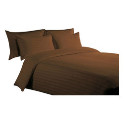 600 TC 15 Deep Pocket Sheet Set with 1 Flat Sheet Strips Chocolate, Twin - You are buying 2 Flat Sheet (66 x 96 inches), 1 Fitted Sheet (39 x 80 inches) and 2 Standard Size Pillowcases (20 x 30 inches) only.