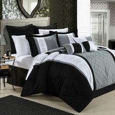 Space Living Livingston 8-Piece Comforter Set Comforter Sets