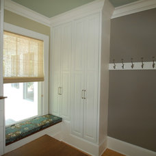 Traditional Closet by Twin Cities Closet Co.
