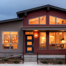 Contemporary Exterior by Wonderland Homes