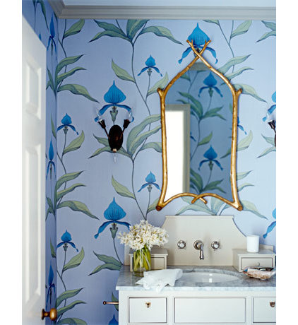 traditional  Blue retro bathroom