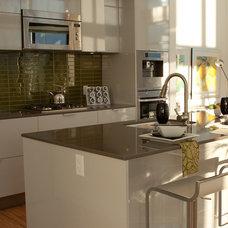 Contemporary Kitchen by Flüff Designs & Decor