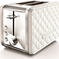 Bella - Bella Diamond White 2-slice Toaster - The BELLA Diamonds 2-slice toaster is able to accommodate various sized breads with its extra wide slots featuring a high lift lever. The automatic centering bread guides allow your bread to be toasted evenly.