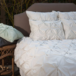 Crane & Canopy - Natural Valencia Pintuck Euro Sham-Euro - Combining soft tones with modern textures, the Valencia pintuck duvet cover set gives a look that is full of volume and elegance. The Valencia in pearl white will subtly bring your room to life.
