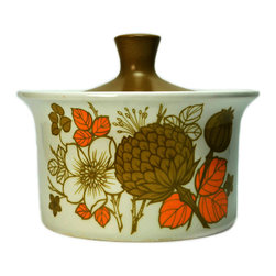 Lavish Shoestring - Consigned Countryside Midwinter Ceramic Casserole/Serving Tureen, English - This is a vintage one-of-a-kind item.