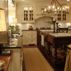 traditional kitchen Atathome