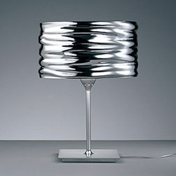 Artemide - Aqua Cil Table Lamp | Artemide - Design by Ross Lovegrove, 2008.Table standing luminaire for direct and indirect illumination.Molded with the influence of water as part of the actual design process resulting in a truly organic reproduction to the shade profile.