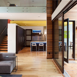 Quantum Windows & Doors   Lucid Architecture - Photography: Eric De Witt