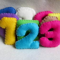 Felt Learning Numbers by Martianique, Set of 10 - These learning numbers are made of felt and come in exciting colors.