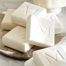 Traditional Bath Products by Pottery Barn