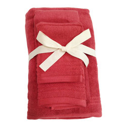 SHOO-FOO - Bamboo Spa Towels 3-pcs Set - 600 gsm, Cayenne Red, 2 Sets - This bamboo spa towels set is made of 100% organic bamboo fibers made at a quality rate of 600g/sq meter.' Any bamboo towel beginner will find this popular set most useful for introducing eco-friendly linens into a household bathroom.' Once the softness, absorbency and continual freshness of these bamboo towels is experienced, you're sure to come back for more! It makes the perfect set to leave in a spare bathroom for guests who travel without their own linens!